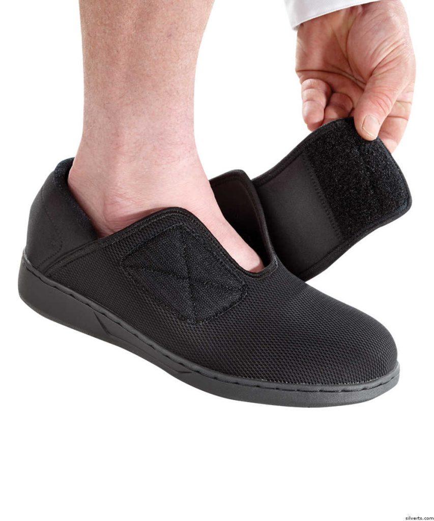 Adaptive Adjustable men's shoe